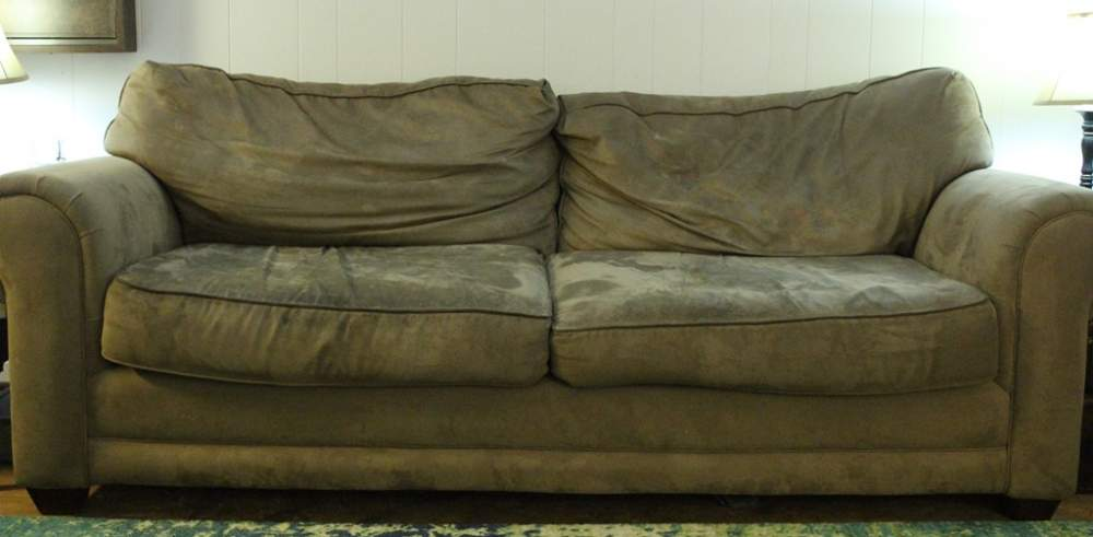 What is the best way to clean  my couch?